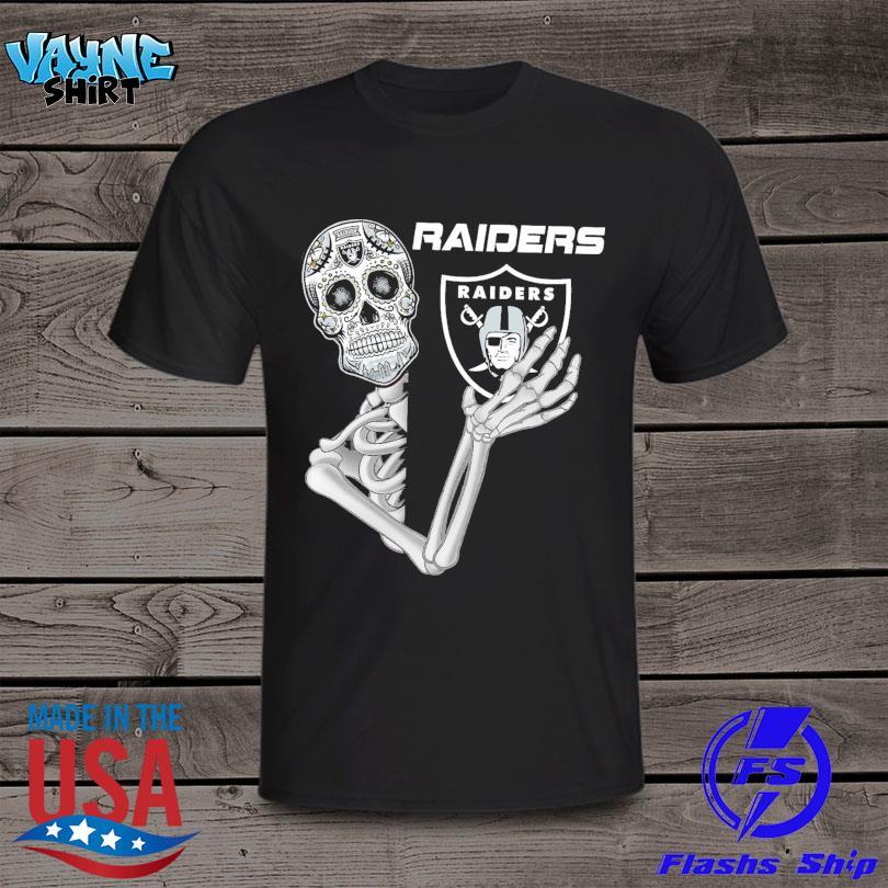 Skeleton hug Oakland Raiders logo shirt
